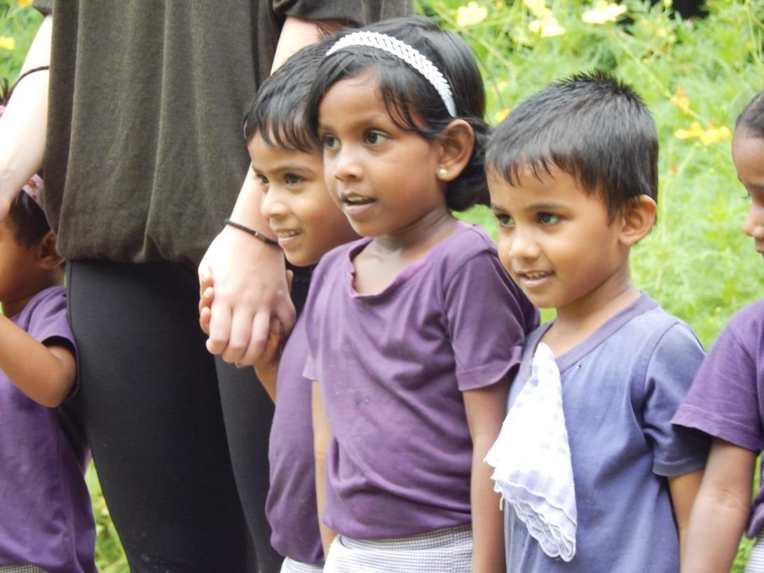 発展途上国スリランカの子供たち
